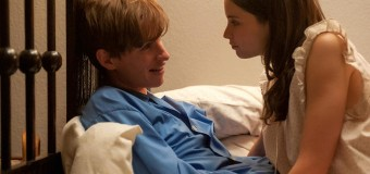 An Emotional New Trailer Released for The Theory of Everything Starring Eddie Redmayne