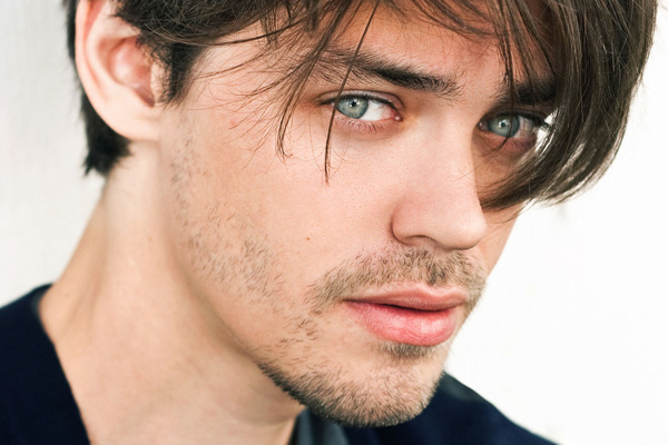 Film And Tv Now Interview Tom Payne Talks The Physician