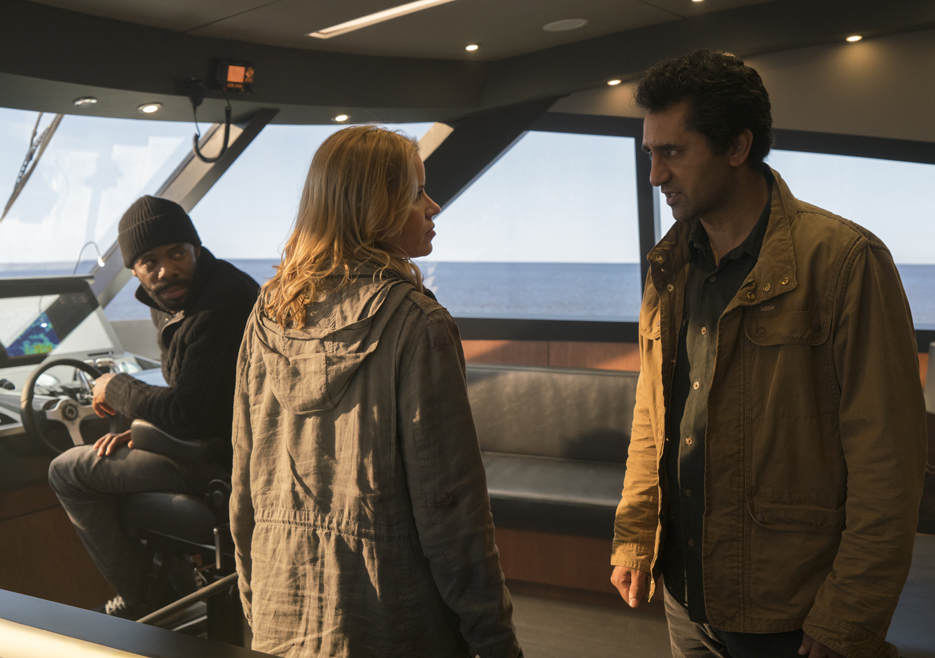 fear-the-walking-dead-episode-201-madison-dickens-travis-curtis-935