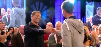 Netflix Releases Tony Robbins: I Am Not Your Guru Trailer