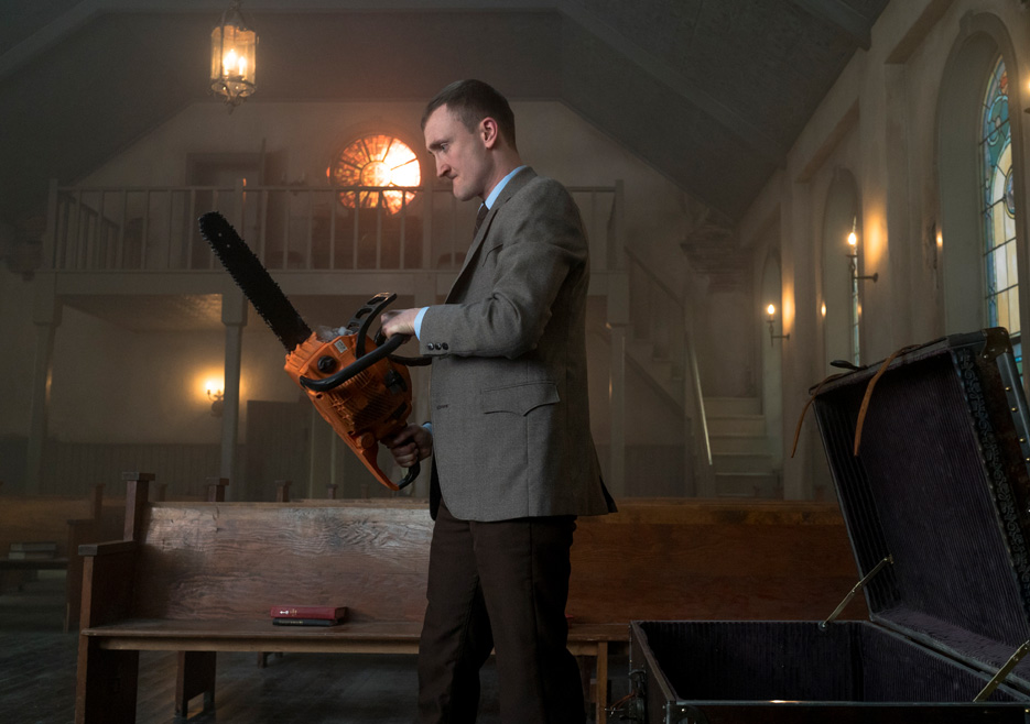 preacher-episode-101-fiore-tom-brooke-saw-935