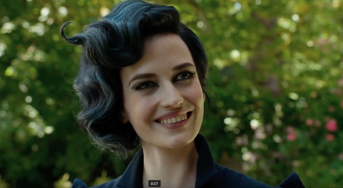 Eva Green Manipulates Time In Miss Peregrine 39 S Home For
